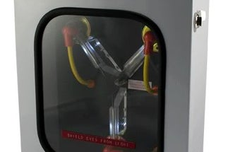 Car Doors And Hoods Could Store Power, Cutting Battery Weight and Increasing Hybrids' Range
