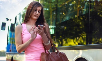 Distracted Walking Is An Actual Public Health Concern
