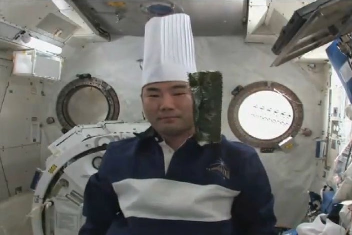 The First Sushi In Space, Caught on Video