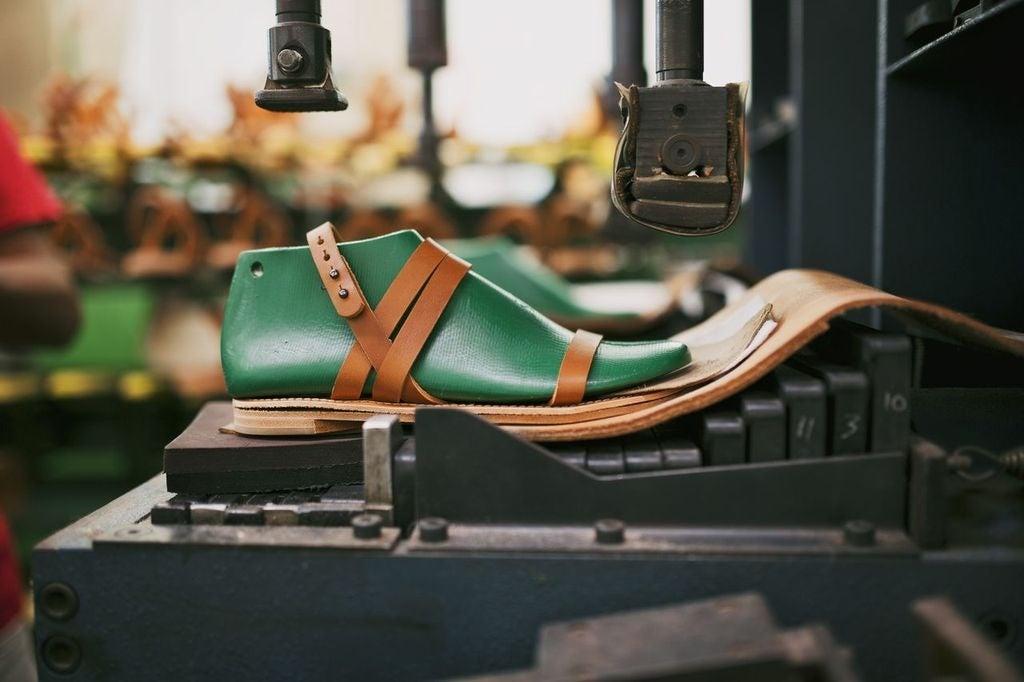 httpswww.popsci.comsitespopsci.comfilesimport2013everlane-shoes_0.jpg