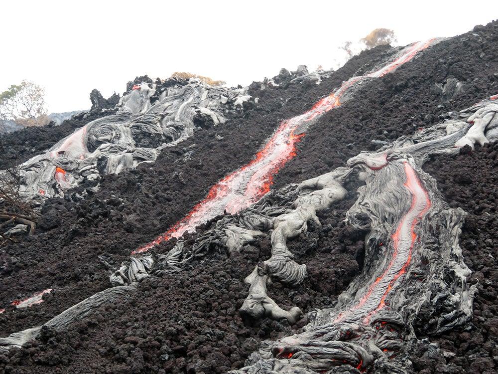 'A'ā and pāhoehoe lava