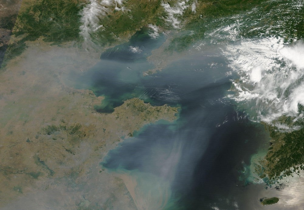 Changing weather patterns are trapping pollution over Chinese cities