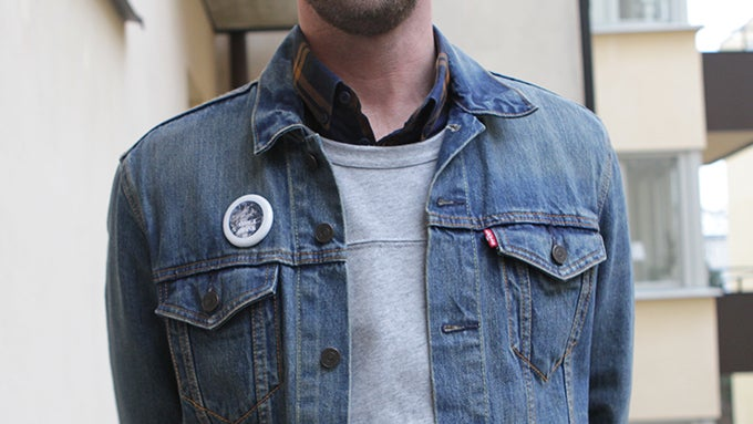 This Decorative 'Smart Pin' Is The Wearable We Need Now