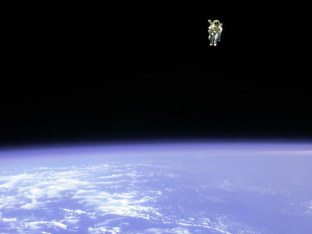 Bruce McCandless' Terrifying-Looking Spacewalk