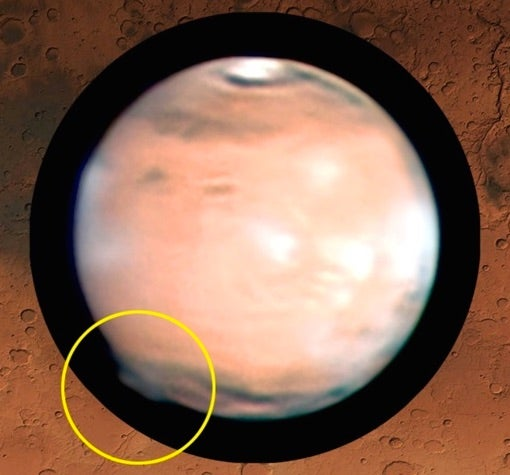 Amateur Astronomers Discovered A 120-Mile-Tall Plume Coming Off Mars