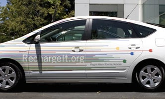 """Google Working on """"Smart Charging"""" Software for Electric Cars"""