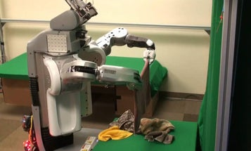 Adorable Laundry-Folding Robot Gives Your Towels Fastidious Attention