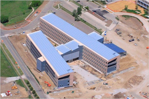 NREL's Zero-Energy Research Building, Largest in Nation, Generates as Much Power as it Uses