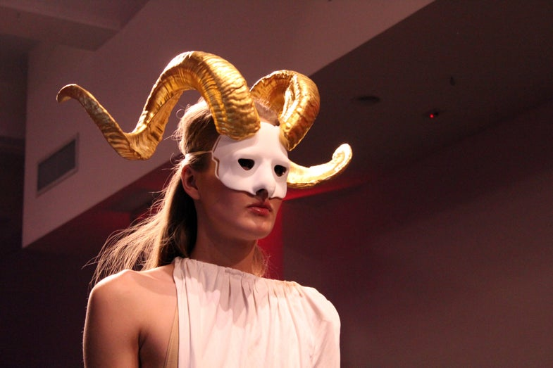 The Craziest Looks From The 3-D Printed Fashion Catwalk