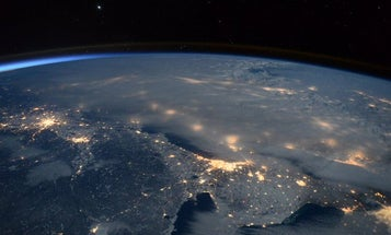 This Is What #Blizzard2016 Looked Like From The Space Station