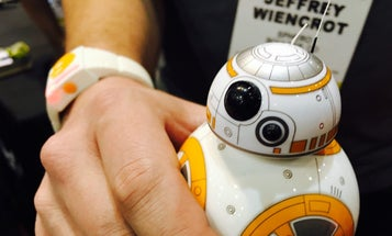 Sphero's BB-8 Wearable Will Give You The Force