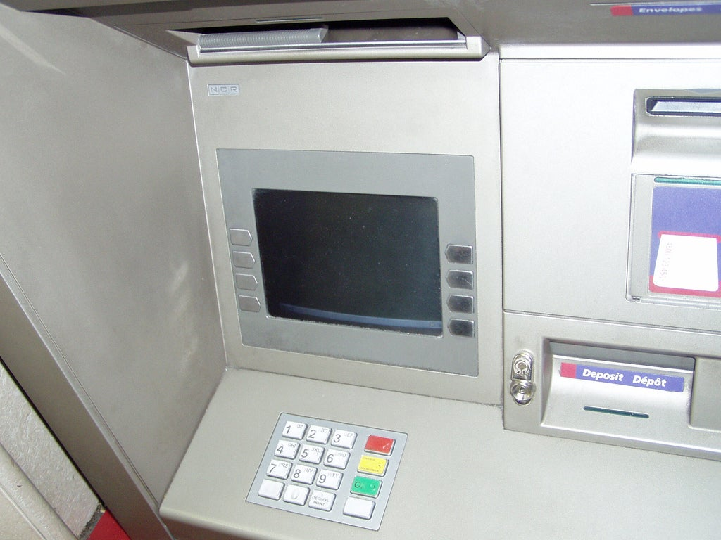 Russian ATM Scans Credit Applicants to Determine if They're Lying