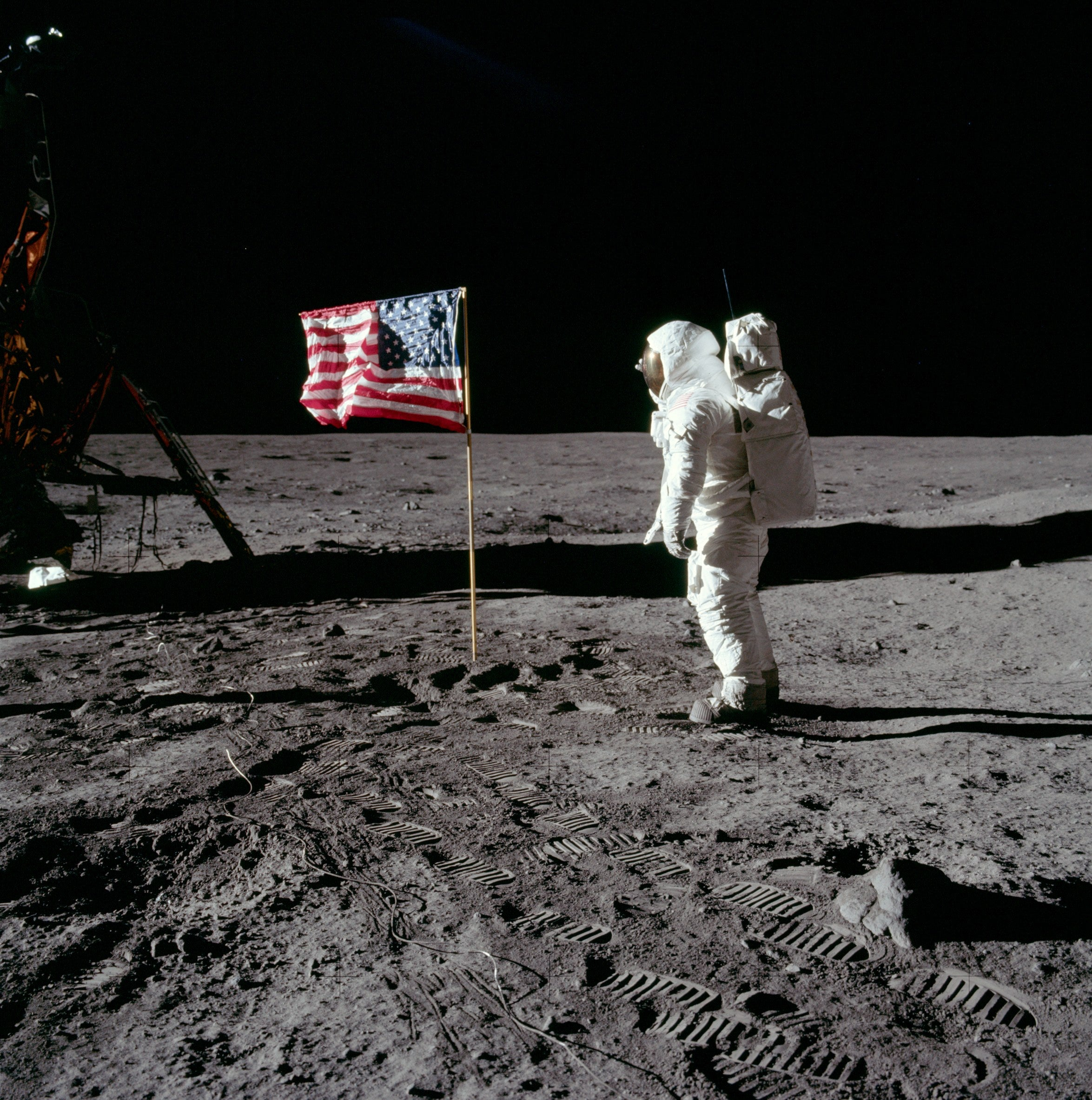 New Bill Directs NASA Back to the Moon By 2022, With Permanent Habitation In Mind