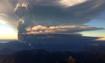 Chile's Calbuco Volcano Erupts Spectacularly