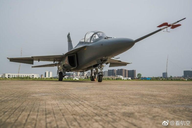 China L-15B Jet Trainer CAS Hongdu