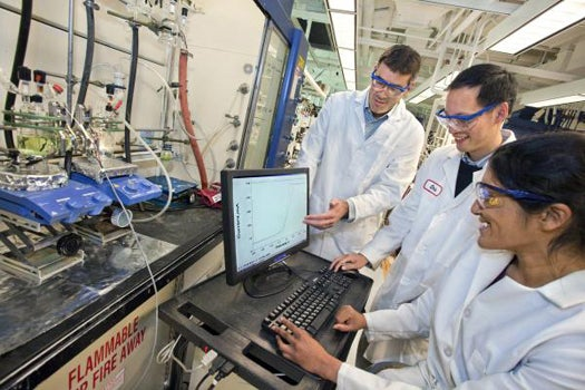 Cheap New Metal Catalyst Can Split Hydrogen Gas From Water at a Fraction of the Cost
