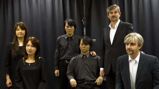 Video: Three Lifelike Humanoids Sit Down For a Chat With Their Human Counterparts