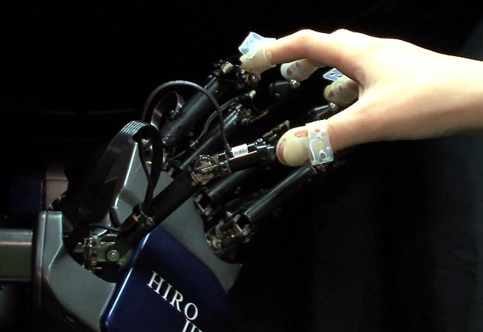 Fingertip-Mounted Haptic Interface Lets You Feel Virtual 3-D Objects