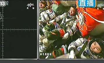 Chinese Astronauts Complete Their First Manual Spacecraft Docking