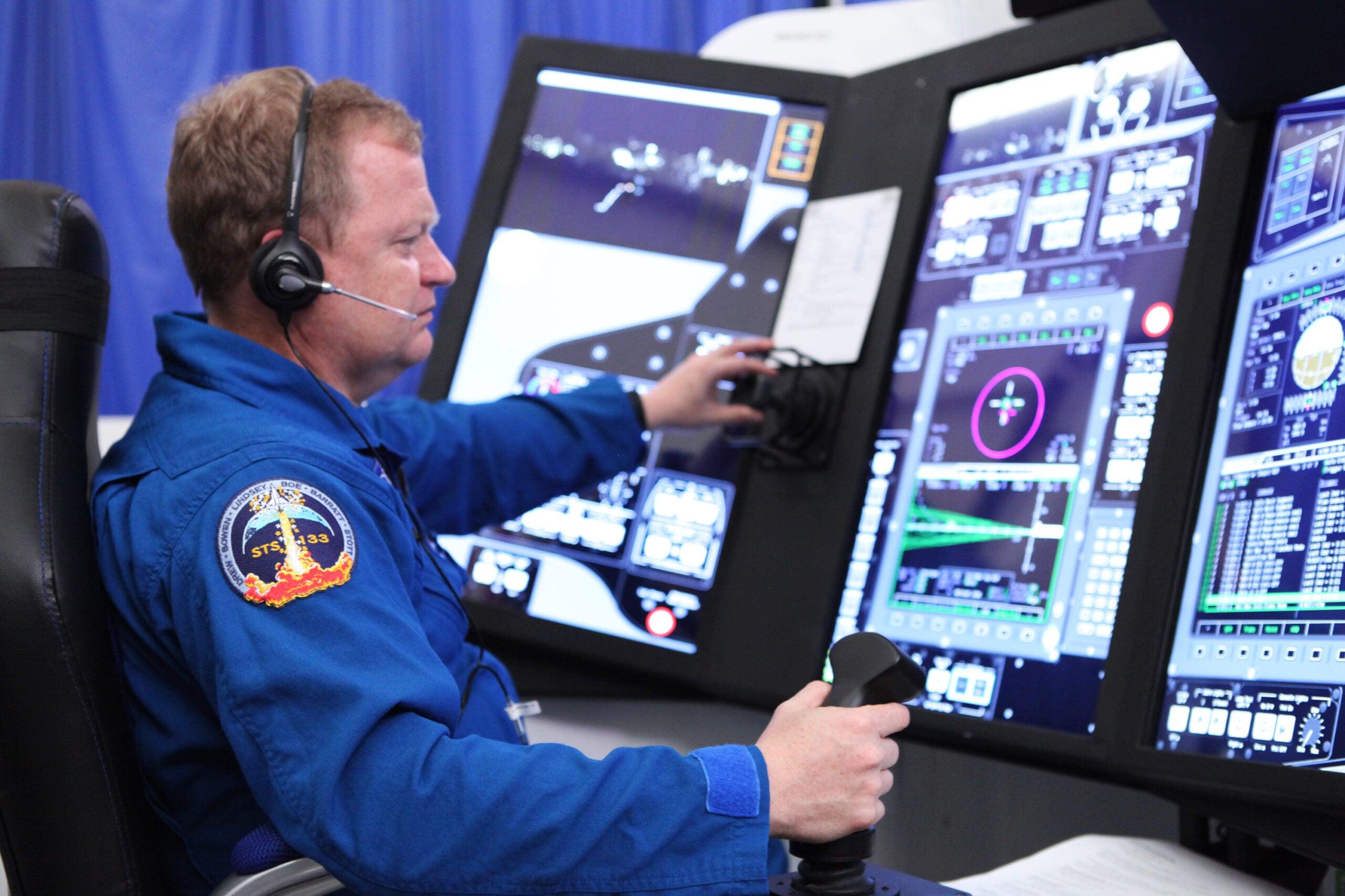 NASA Finally Has Touchscreen Simulators For Spacecraft