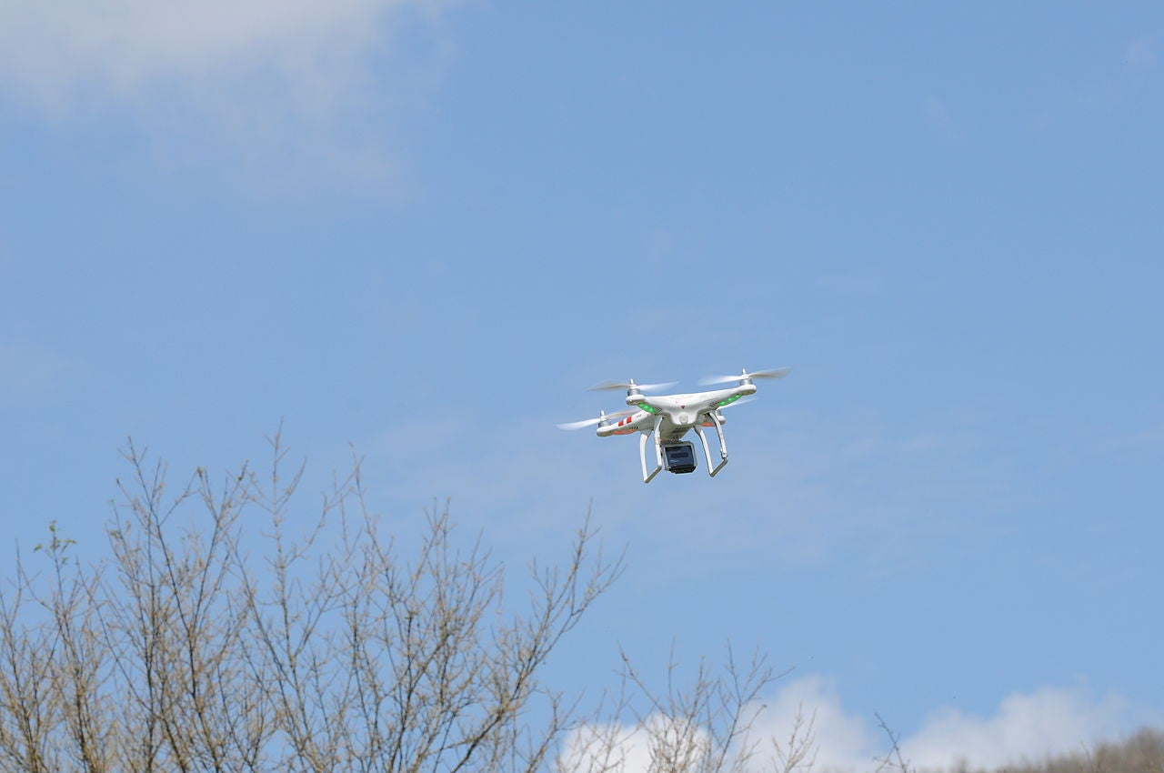 Amazon, Eager To Get Drones In The Air, Hates FAA's Regulations