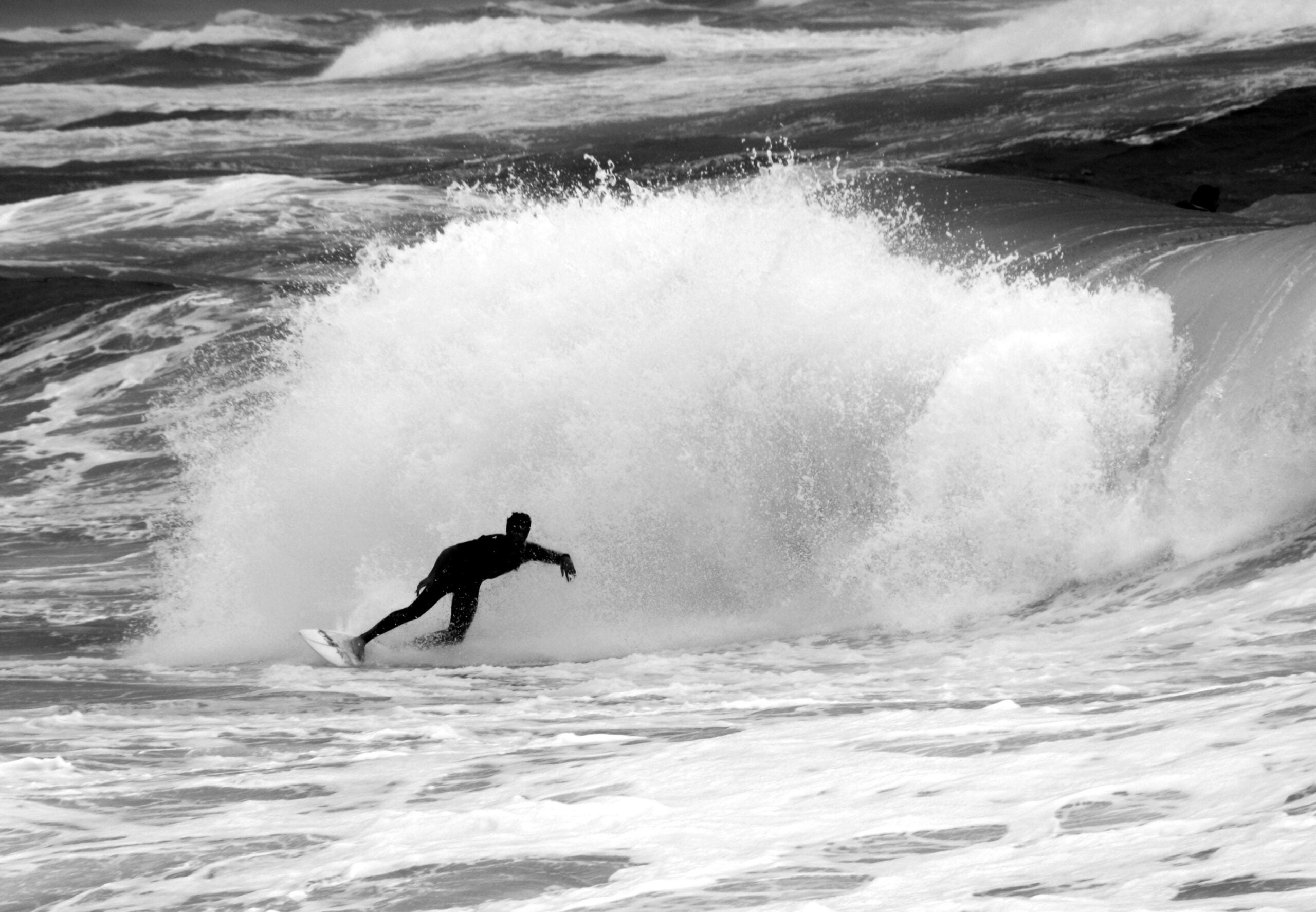 Surfers Can Catch Data While They're Catching Waves