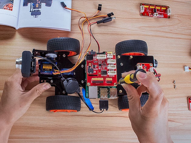 4 awesome robotics kits for DIY enthusiasts