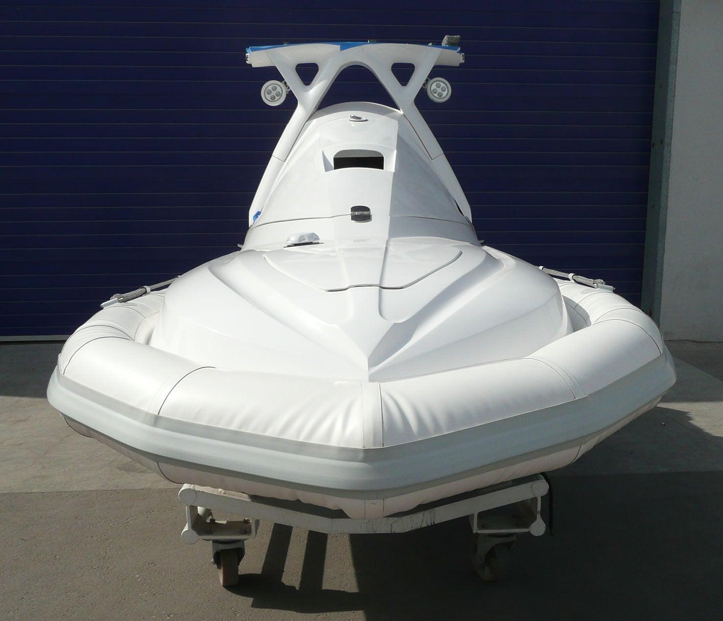 This Small Robot Boat Can Patrol Megayachts