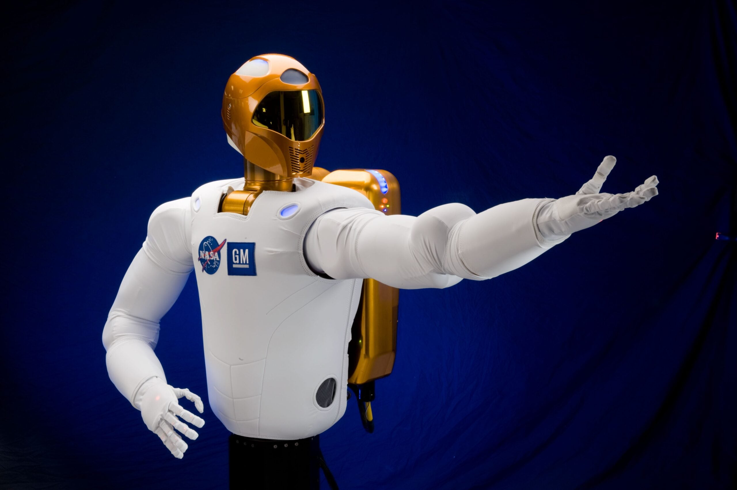 Are We in the Future Yet? A Robot Astronaut Is Tweeting