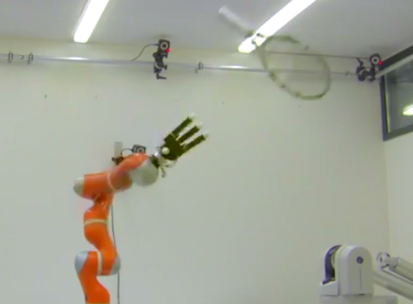 Robotic Arm Catches Whatever You Throw It