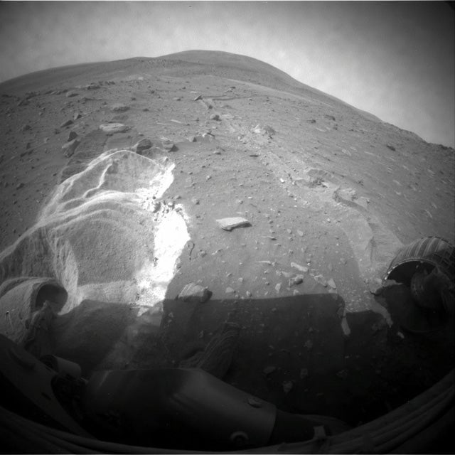 After Earth-Based Sandbox Tests, NASA Trying One More Time to Get Spirit Rover Unstuck