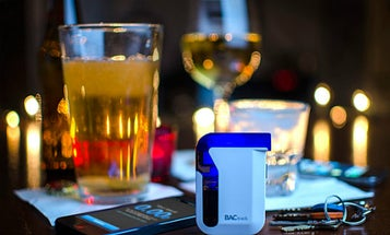 Broadcast Your Drunken Data To The World With A Smartphone Breathalyzer