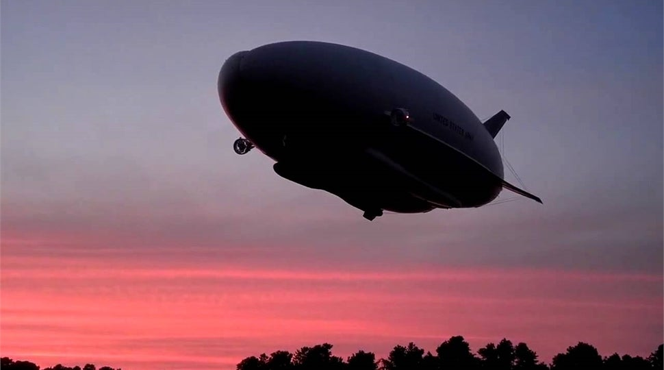 Almost A Thousand Crowdfunders Breathe New Life Into Hybrid Blimp-Plane