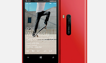 Nokia Lumia 920 Review: A Fisher-Price Phone For A Giant