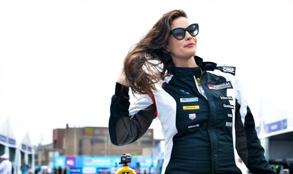 Liv Tyler at the 2018 Qatar Airways New York City E-Prix, July 15, 2018.