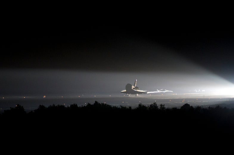 Video: As Endeavour Returns Home For the Final Time, Atlantis Prepares for the Last Shuttle Launch Ever