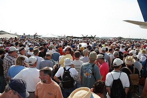 Crowds at Oshkosh