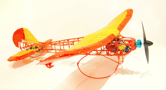RC Plane Drawn With A 3-D Printing Pen Really Flies