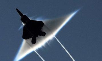 F-22 + Sonic Boom = Pretty Pictures