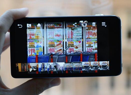 Samsung Galaxy Camera's Share Options