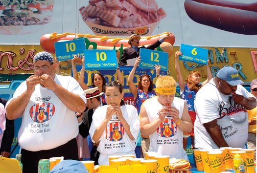 FYI: Do Competitive Eaters Have Unusual Stomachs?