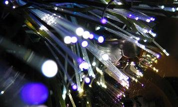 Record-Breaking New Fiber Optic Cables Transmit 100 Terabits Per Second