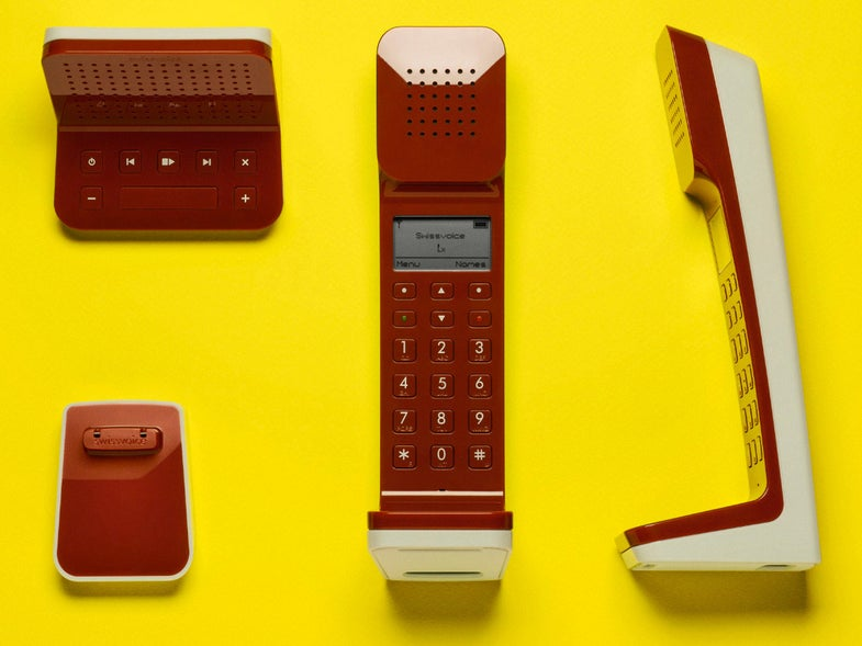 Swissvoice is bringing the 70s back with this L7 Telephone