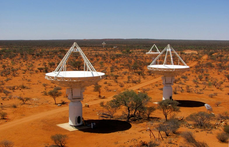 Amazing Video: Timelapse View Of The Australian Outback's Giant Radio Dishes
