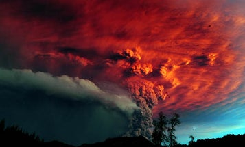 Gallery: Chile's Puyehue Erupts, Making Ashen Artwork in the Sky