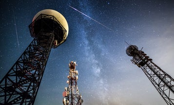Meteor Showers, Orange Rivers, and Other Amazing Images of the Week