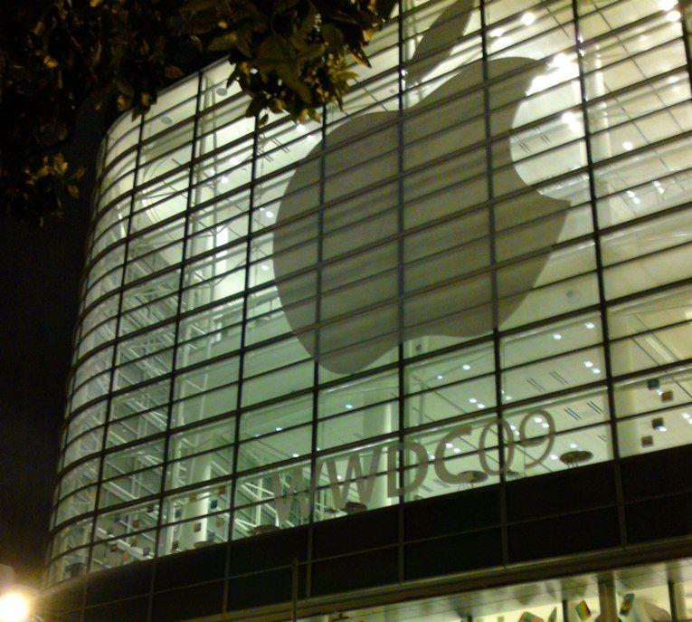 At WWDC 2009, a Few Bad Apples