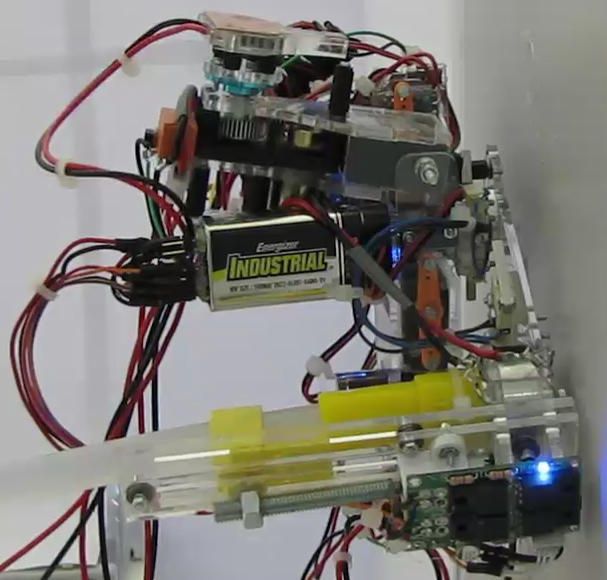 Equipped With a Hot Glue Gun, New Robot Builds Its Own Custom Tools