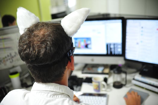 Apple iPhone 5 Liveblog: Mind-Controlled Cat Ears Edition