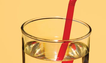Why does this straw look like it's broken?